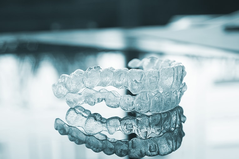 how to avoid cavities with invisalign